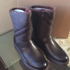 0150e5eedf6 !!!!NEW UGG LORNA. Color:DEMITASSE (true to size) NWT